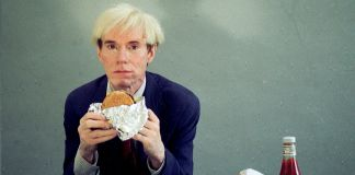 Andy Warhol eating a hamburger, 1981