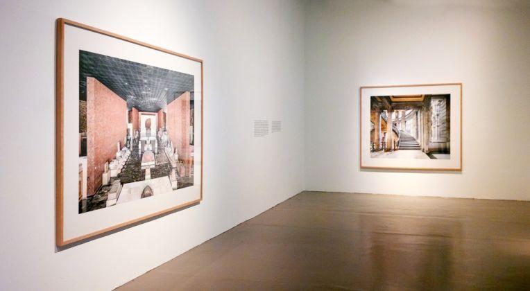 Candida Höfer. En Mexico. Installation view at Collegio di San Ildefonso, Città del Messico 2017. Photo Gunnar Friel
