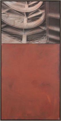 Claudia Peill, L1, 2015, acrilico su tela e base fotografica, 143x73 cm