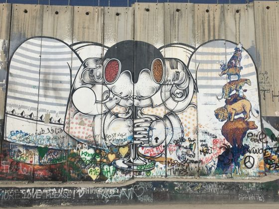 Confine israelo-palestinese. Murale di Banksy. Photo Valentina Rota