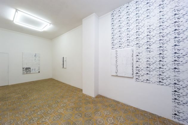 Daniel Davies. Cloud Illusions. Installation view at Acappella Gallery, Napoli 2017. © Danilo Donzelli Photography