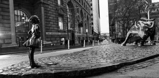 Fearless Girl, Sculpture by Kristen Visbal - Photo by Federica Valabrega