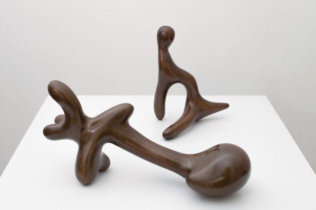 "Jean Arp, Petit figure appuyée dite ""L'Egyptienne"", 1938 / Petit sphinx, 1942. Fondazione Marguerite Arp, Locarno"