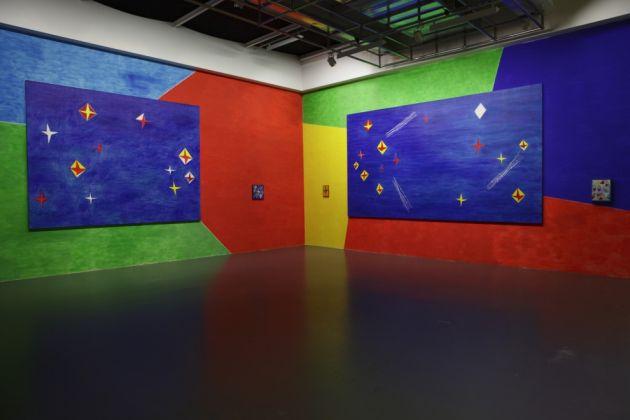 La sala di Nicola De Maria alla Biennale di Venezia del 1990 ricostruita al Centro Pecci, Prato, 2011