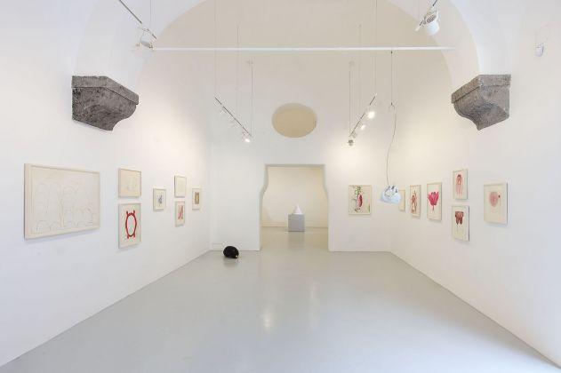 Louise Bourgeois, Voyages Without a Destination, 2017, Studio Trisorio, Napoli, Ph Francesco Squeglia.
