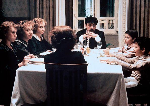 Memé Perlini ne La famiglia di Ettore Scola (1987)