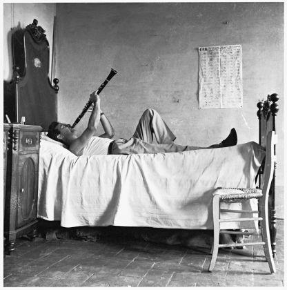 Pietro Donzelli, Delta del Po. Terra senz'ombra. Giorno di festa, 1954 © Renate Siebenhaar Estate Pietro Donzelli Frankfurt a. M.