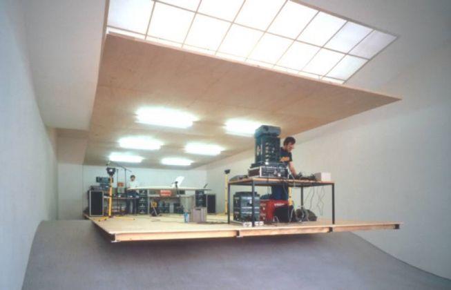 Rirkrit Tiravanija, Untitled (Demo Station n. 1), 2011. Veduta della mostra al Portikus di Francoforte