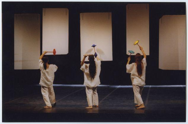 Scenografie realizzate sui litofoni di Amalia Del Ponte per La foresta incantata, Teatro Rossini di Lugo nell'ambito di Ravenna Festival, 1999