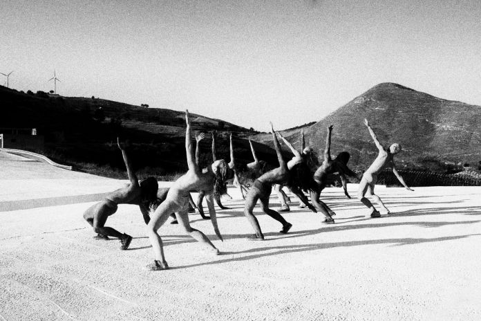 The Dance of the Living Stones, photo by Pietro Alfano