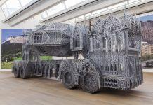 Wim Delvoye, Cement Truck im MUDAM, 2016 credits 2017 Pro Litteris, Zurich Wim Delvoye, Photo Studio Wim Delvoye, Belgien