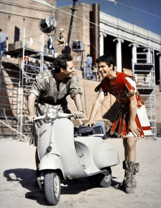 Charlton Heston e Stephen Boyd, Ben Hur, 1959, fuori set