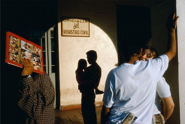 ©Alex Webb, Nuevo Laredo, 1996, from La Calle (Aperture, 2016)