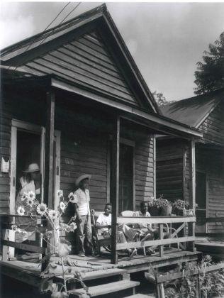 1411 Ninth Street, Augusta, 1954 © Berenice Abbott