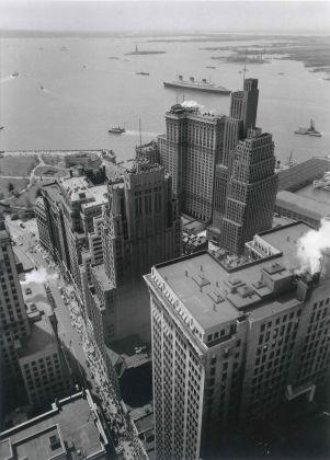 Broadway to the Battery, New York, 1938 -® Berenice Abbott