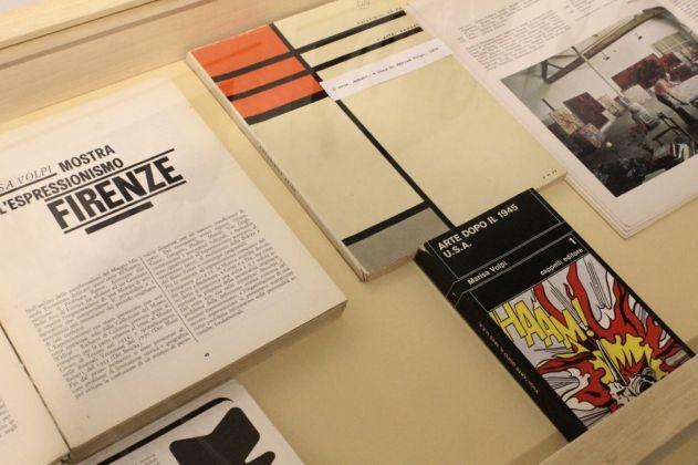 Catalogo della mostra sull'Espressionismo, curata da Marisa Volpi a Palazzo Strozzi,1964. Saggio Arte dopo il 1945. U.S.A. Photo Carlotta Barillà