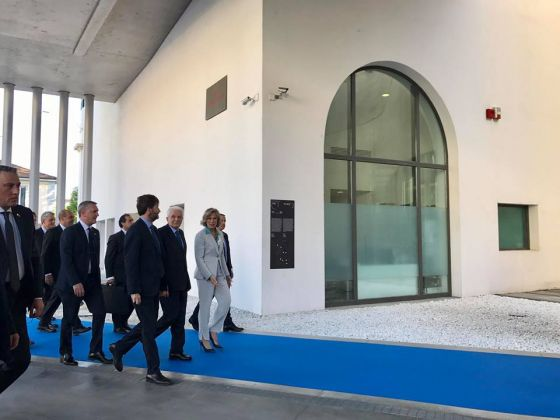 Giovanna Malandri accompagna le autorità nel nuovo percorso del Maxxi - foto Maxxi via Fecebook