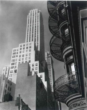 Hotel Murray Hill Spirale, New York, 1935 - ©Berenice Abbott