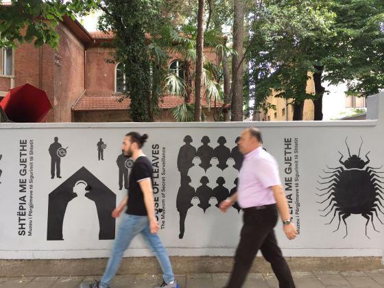 House of Leaves, Tirana