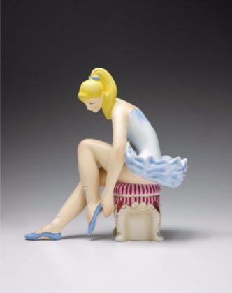 Jeff Koons, Seated Ballerina (versione in legno policromo)