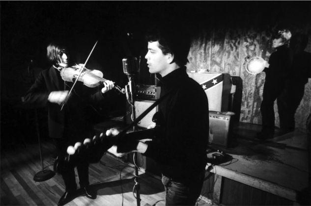 John Cale, Lou Reed e Maureen Tucker al Cafè Bizarre di NY nel 1965