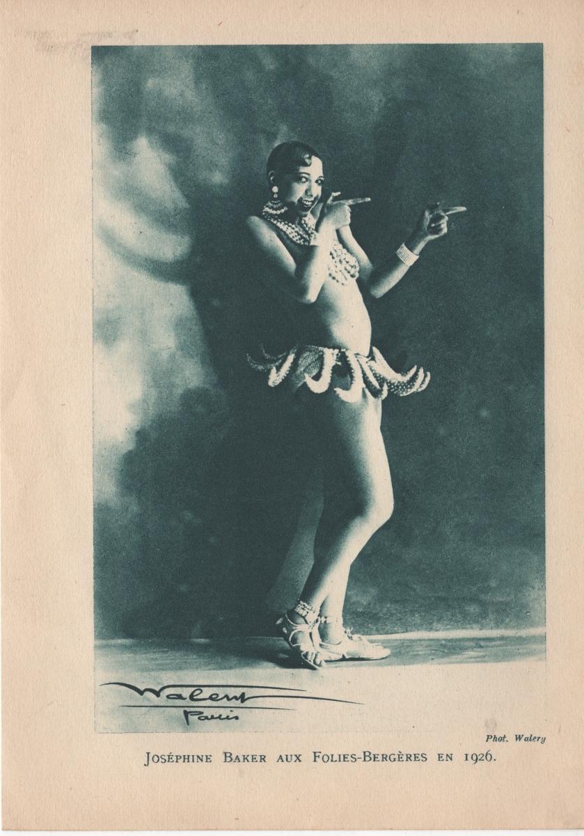 "Josephine Baker in ""Danse des Bananas"" per La Folie du Jour presso le Folies Bergère, 1926. Collezione privata dell'autrice"