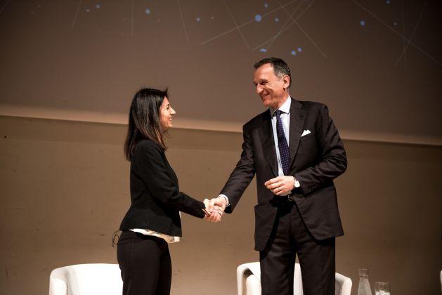 La sindaca di Roma Virginia Raggi con Giuseppe Recchi, Presidente della Fondazione TIM