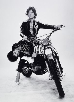 Michel Journiac, 24h de la vie d'une femme ordinaire. Phantasmes. L'enlèvement, 1974 © Michel Journiac / ADAGP