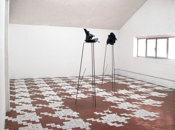 Michele Guido & Andrea Magaraggia. Jiggling things. Exhibition view at Surplace, Varese 2017