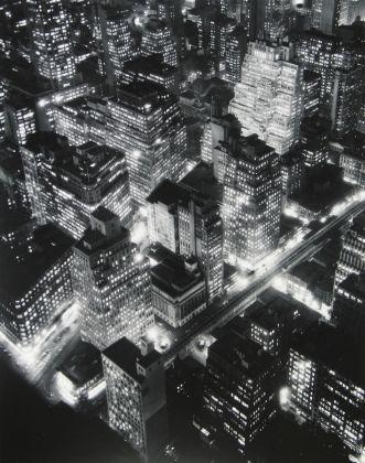 Nightview, New York, 1932 -® Berenice Abbott