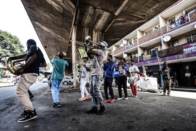 Parade. No Man's Land (Ntsoana Dance Company). Johannesburg 2017
