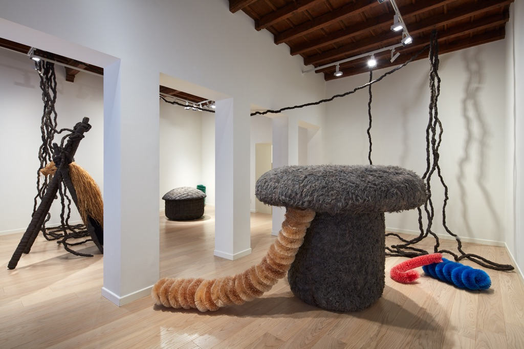 Pascali sciamano. Installation view at Fondazione Carriero, Milano 2017. Photo Agostino Osio