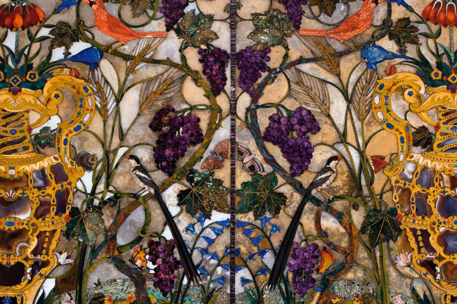 Piano di tavolo in pietre dure, Palazzo Pitti, Firenze