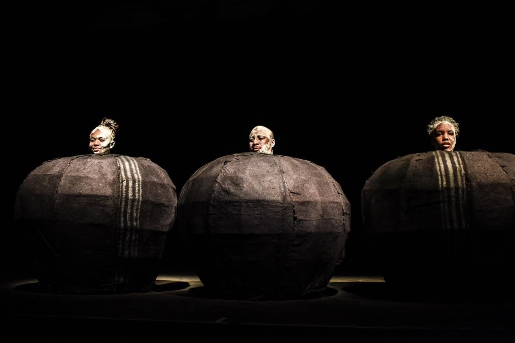 Samuel Beckett, Play. Direttore Khutjo Bakunzi-Green. The Centre for the Less Good Idea, Johannesburg