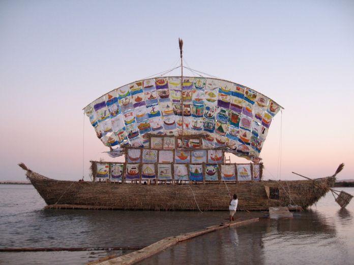 The Ship of Tolerance di Ilya ed Emilia Kabakov a Siwa nel 2005