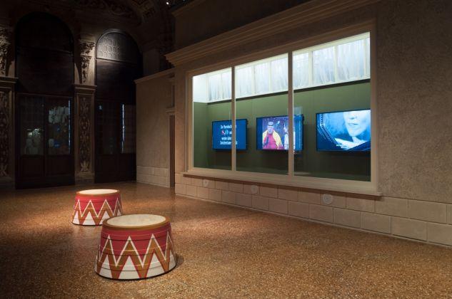 The boat is Leaking. The Captain Lied. Exhibition view at Fondazione Prada Venezia 2017. Photo Irene Fanizza