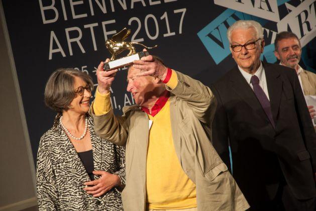 BIennale Arte 2017 - Franz Erhard Walther