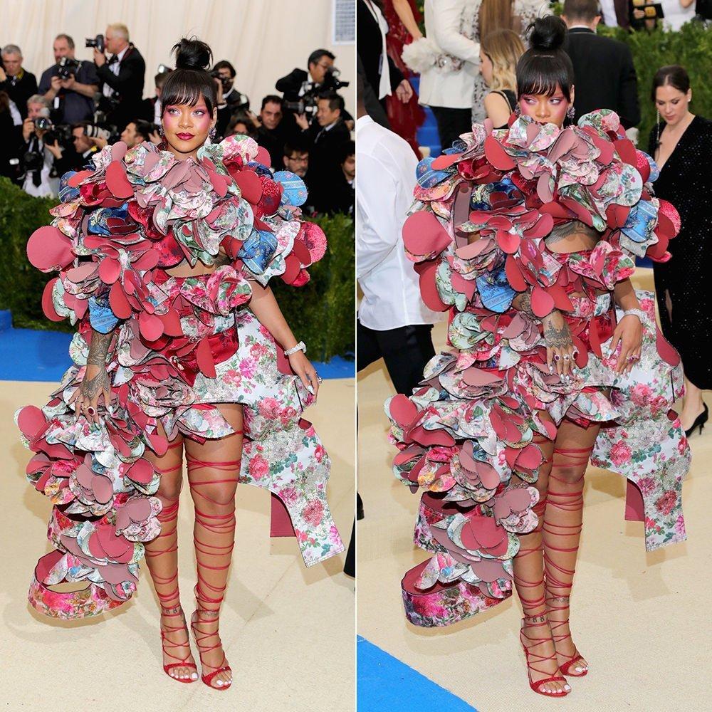 Rihanna veste Kawakubo al Met di Nyc