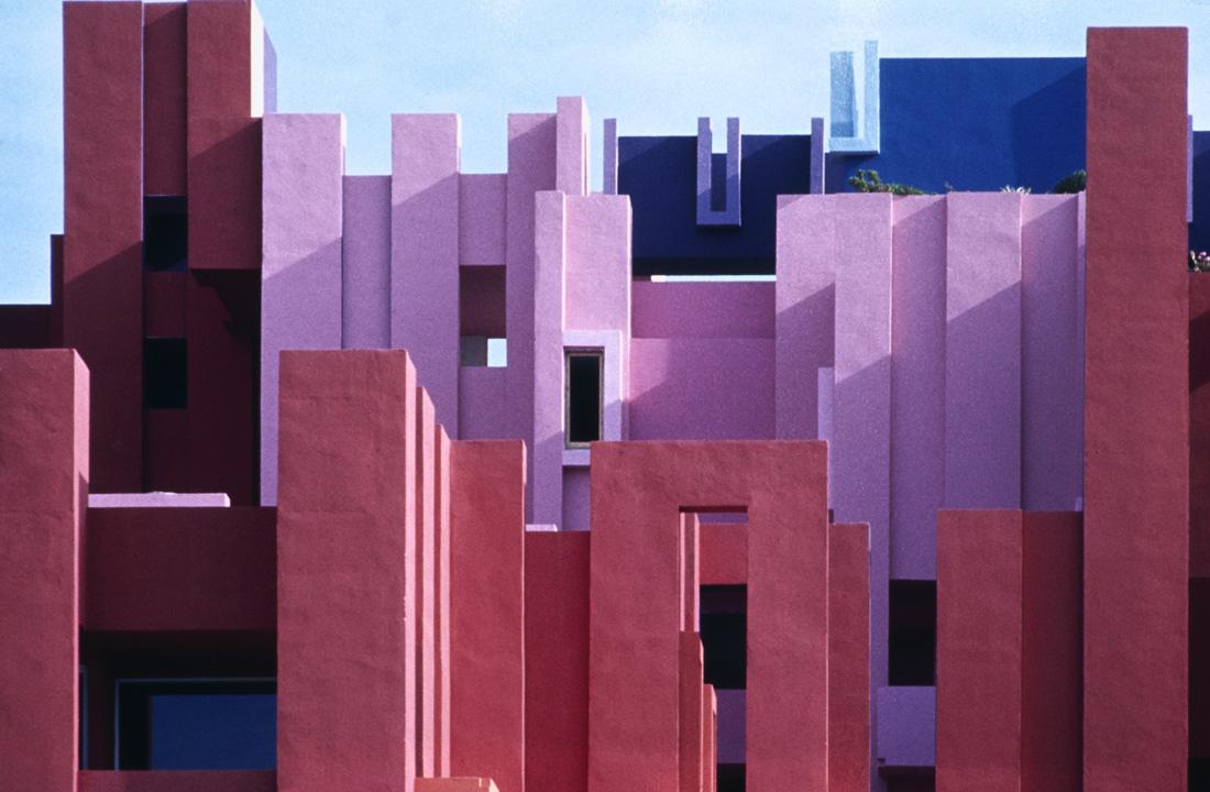Ricardo Bofill Taller Arquitectura, La Muralla Roja, Calpe, Spain