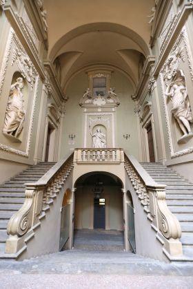 Palazzo Pallavicini scalone