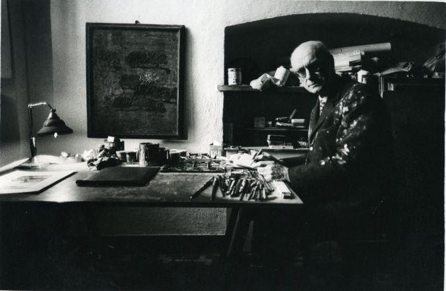 Carlo Mattioli nello studio. Photo Giorgio Soavi