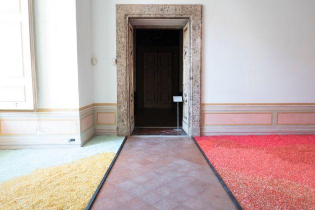 Daniele Sigalot. Tutto è già vostro. Exhibition view at Reggia di Caserta, 2017