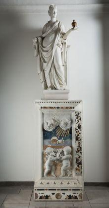 Giacomo Serpotta, la Carità, 1703 04, stucco. Palermo, Oratorio dei Bianchi. Ph. Sandro Scalia