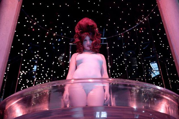 Juno Calypso, The Champagne Suite, 2015