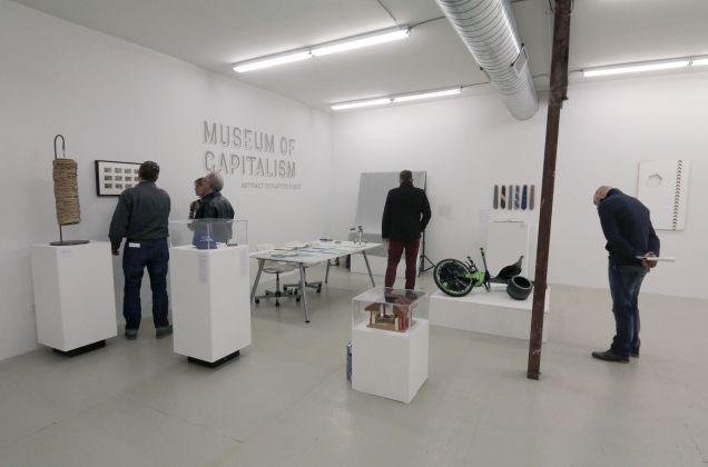 Il Museo del Capitalismo di Oakland, lo spazio durante l'allestimento