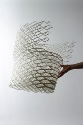 Nendo (Oki Sato), Diamond chair, 2008. Collection Centre Pompidou. Courtesy Nendo e Friedman Benda. Photo © Masayuki Hayashi