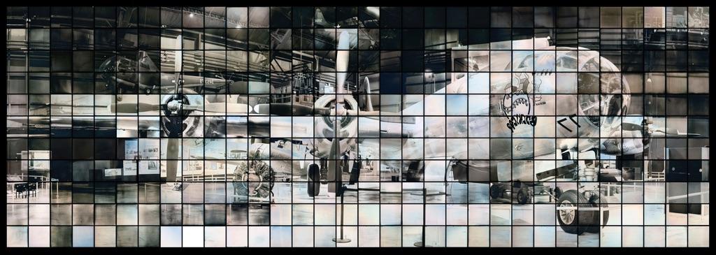 Takashi Arai, Maquette per un monumento multiplo per B29 Bockscar, dalla serie Esposto in cento soli, 2014 © Takashi Arai. Courtesy of Howard Greenberg Gallery