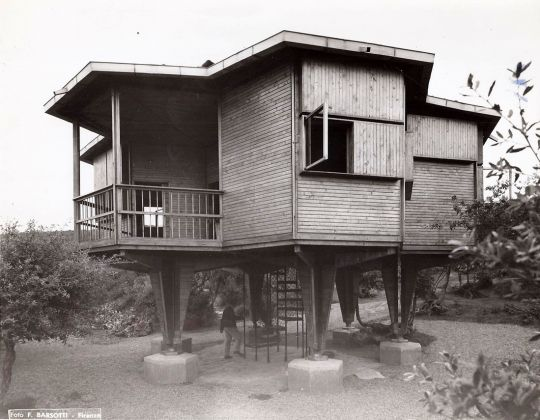 Vittorio Giorgini, Casa Esagono, 1957, Baratti (LI), Foto F.lli Barsotti, Courtesy Associazione B.A.Co. – Archivio Vittorio Giorgini