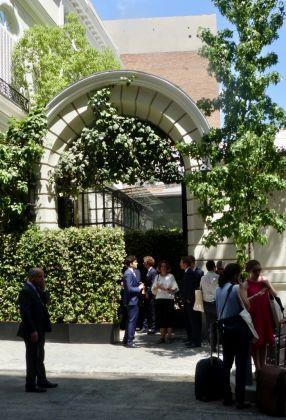 L'ingresso della Fondazione Norman Foster