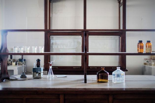 Saline Conti Vecchi, Laboratorio chimico, Foto Manuela Meloni_2017 © FAI Fondo Ambiente Italiano